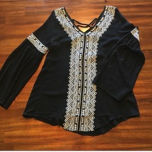 Infinity Raine NEW | bell sleeve boho top black